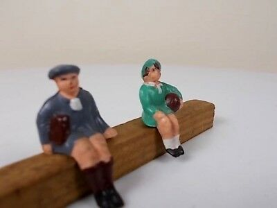 French Hornby O Gauge Station Figures - Boy & Girl Seated