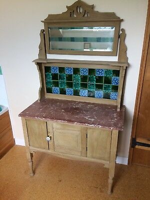 Antique pine wash stand with mirror