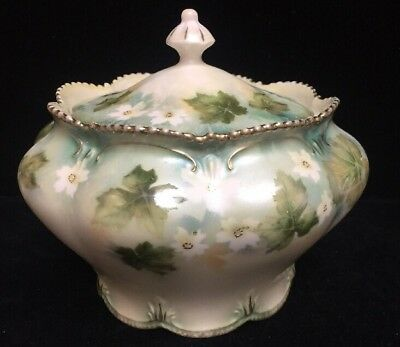 R S Prussia Red Star Covered Candy Dish With Lid And Flowers. (Vv)