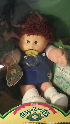 1985 Cabbage Patch Kid Brown hair brown Eyes Dimples pacifier EUGENE BO