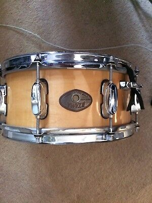 Tama Snare Drum w/case GOOD CONDITION (wood)