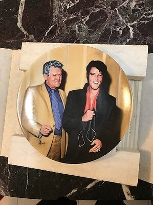"""elvis presley collector plates """"Elvis Returns To The Stage"""""""