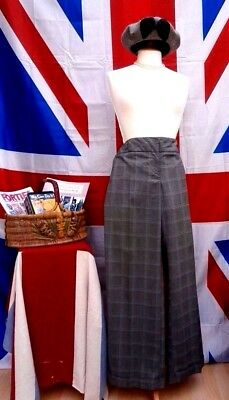 Vintage 1940`s Wartime  Land girl style wide baggy turn up trousers Size 14
