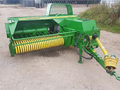 John deere 459 baler year 2010 excellent condition wide pick up hay straw