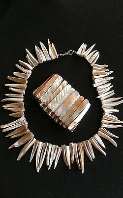 Beautiful Natural Shell  Mother of Pearl Necklace and Braclet