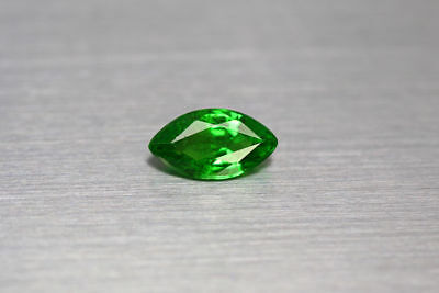 1.120 Ct  Excellent With Fire Intense Green Natural Rare Unheated Tsavorite Cab