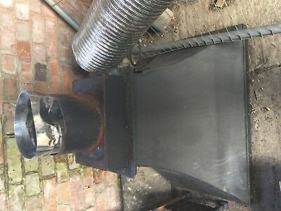 6 metres of 9 inch insulated flue pipe and canopy