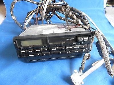 FORD EARLY MODEL 00s 2007R RADIO CASS V/G, WITH CD CHANGER AND LONG LEAD