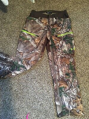 UNDER ARMOUR Cold Gear softer shell Camo Realtree Xtra Mens Hunting Pants L