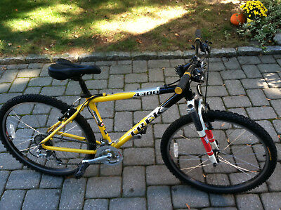 Trek 4300 aluminum mens mountain bike mans yellow boys hardtail road bicycle