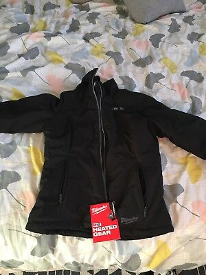 Milwaukee Heated Jacket Size Medium, With Battery And Charger, New With Tags
