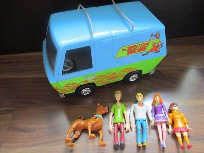 SCOOBY DOO - Mystery machine van with Shaggy Fred Daphne Velma & Scooby VGC