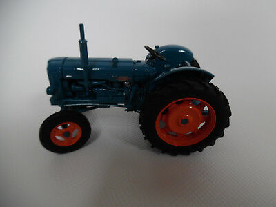 Universal Hobbies FORDSON POWER MAJOR 1/32nd Scale Collectors Model