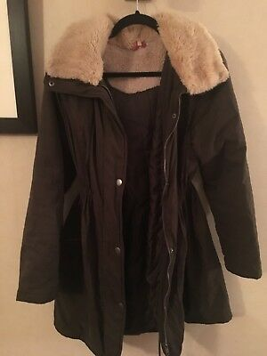 *RELISTED* Size 14 Maternity Coat