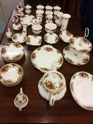 Royal Albert 'Old Country Roses' 42 Piece Tea Set