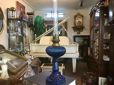 RARE c.1890 ANTIQUE LAPIS LAZULI BLUE GLAS KEROSENE OIL LAMP ORIGINAL CONDITION