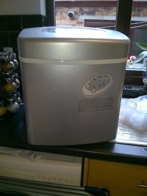 ice making machine excellent condition