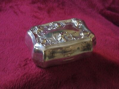 "VINTAGE EUROPEAN DUTCH SILVER BOX , NO MARKINGS  ~ 4"" x 2"""