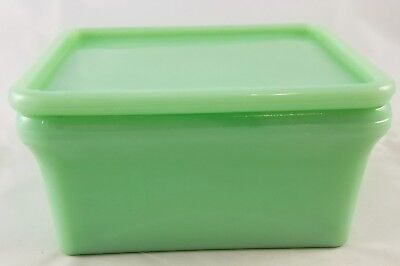 Jadite Green Glass Rectangle Shaped Leftovers Fridge Storage Box With Lid