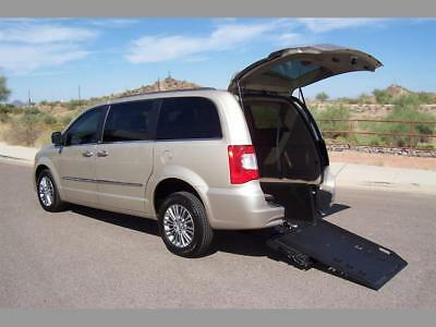 2013 Chrysler Town & Country Touring-L Wheelchair Handicap Mobility Van 2013 Chrysler Town & Country Touring-L Wheelchair Handicap Mobility Loaded Loade