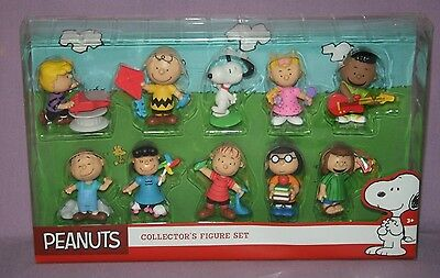 Peanuts Collector's Figure Set
