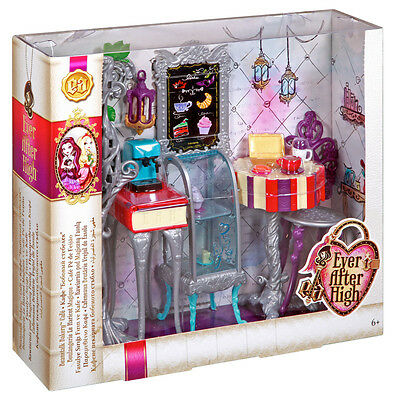 Ever After High Beanstalk Bakery - Bnib
