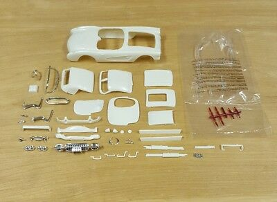 Mpc 1/25 1960 Corvette Body And Related Parts