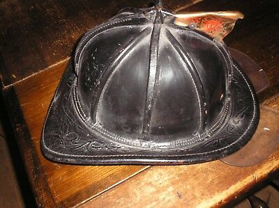 Cairns and Brothers Leather Fire Helmet w Visor