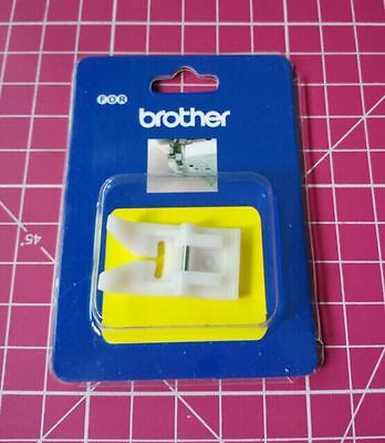 Teflon Foot For Brother Sewing Machines - Non Stick  7Mm Max Stitch Width