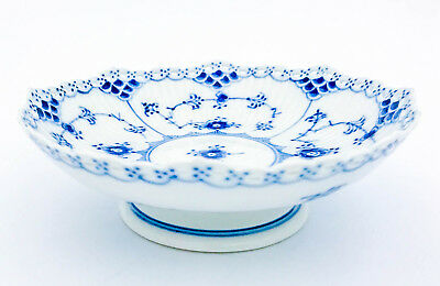 Bowl on foot #1023 - Blue Fluted - Royal Copenhagen - Full Lace - 1:st Quality