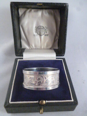 Antique Boxed Ornate Solid Silver Napkin Ring Brockinton Bros Chester 1901-2