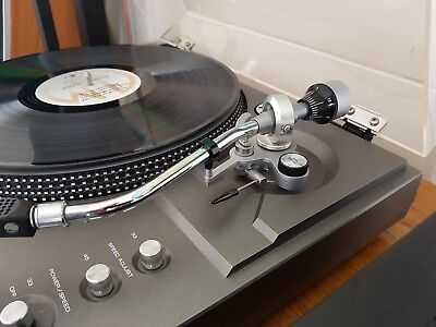 rotel turntable RP-3300