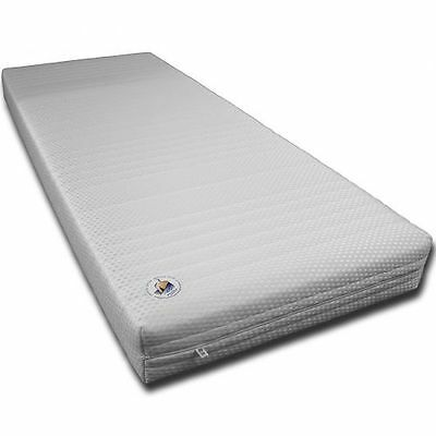 Mattress Height 20CM RG30 7 Zones Rolled with versteppten Cover