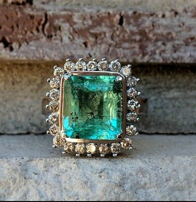 Vintage Emerald Diamond Halo Ring in 18k White Gold | Emerald Engagement Ring