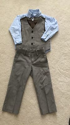 Janie and Jack 3t brown suit and coordinating light blue shirt