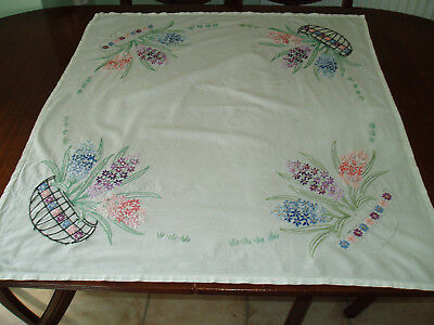 """VINTAGE  HAND EMBROIDERED TABLE CLOTH  31"""" x 33"""""""