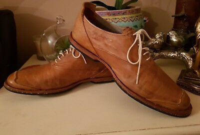 Timberland boot company Tan leather shoes size 9