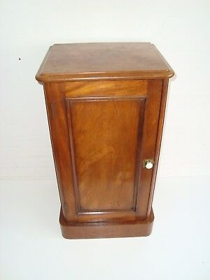 Victorian Antique Mahogany Bedside pot cupboard