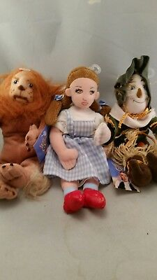 Warner Brothers Wizard Of Oz  Plush DOLLS 1998 Dorothy, Scarecrow & Lion