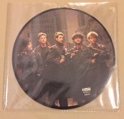 Frankie Goes To Hollywood / Two Tribes / 7 Inch Vinyl / Picture Disc / Rare /