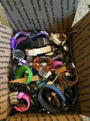 Huge Lot Of Watches - Around 8.5 Pounds - Great For Crafts Or Resale (J2)