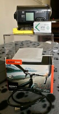 Sony HDR-AS30 Action cam with waterproof case
