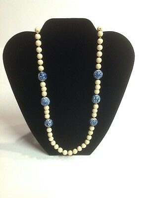 VINTAGE Porcelain Cream/Blue Hand Painted Beaded Necklace