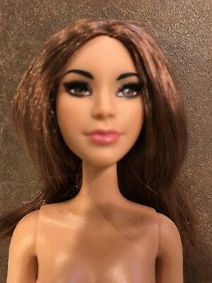 Nude Star Doll Long Reddish Brown Hair Rooted Lashes