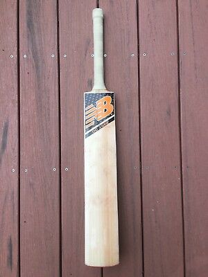 SM Players Grade English Willow Cricket Bat With New Balance Stickers 38mm Edge