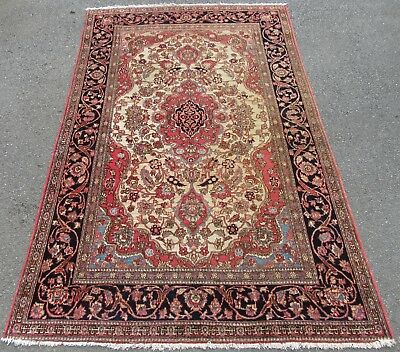 A PROPER 100 YEAR OLD ATTRACTIVE ANTIQUE COUNTRY HOUSE PERSIAN ISFAHAN RUG c1910