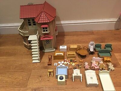 Sylvanian Families Willow/Beechwood Hall Furnished + Figures