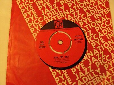 """"""" The Riot Squad"""" """" Cry,cry,cry """" Original Uk  1966 On Pye"""""""