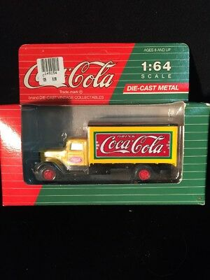 Coca Cola Peterbilt 260 Die-Cast 1:64 Scale Hartoy Delivery Truck 1993 NEW 🇺🇸!