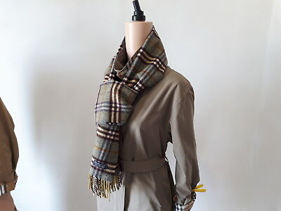 100% Authentic Burberry London Scarf 100% Lambswool Unisex Green